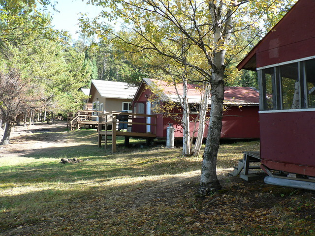 Cabins at Nungesser Lake